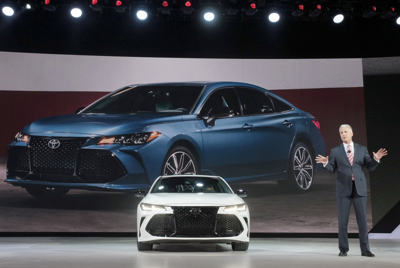 2019 Toyota Avalon Detroit Reveal