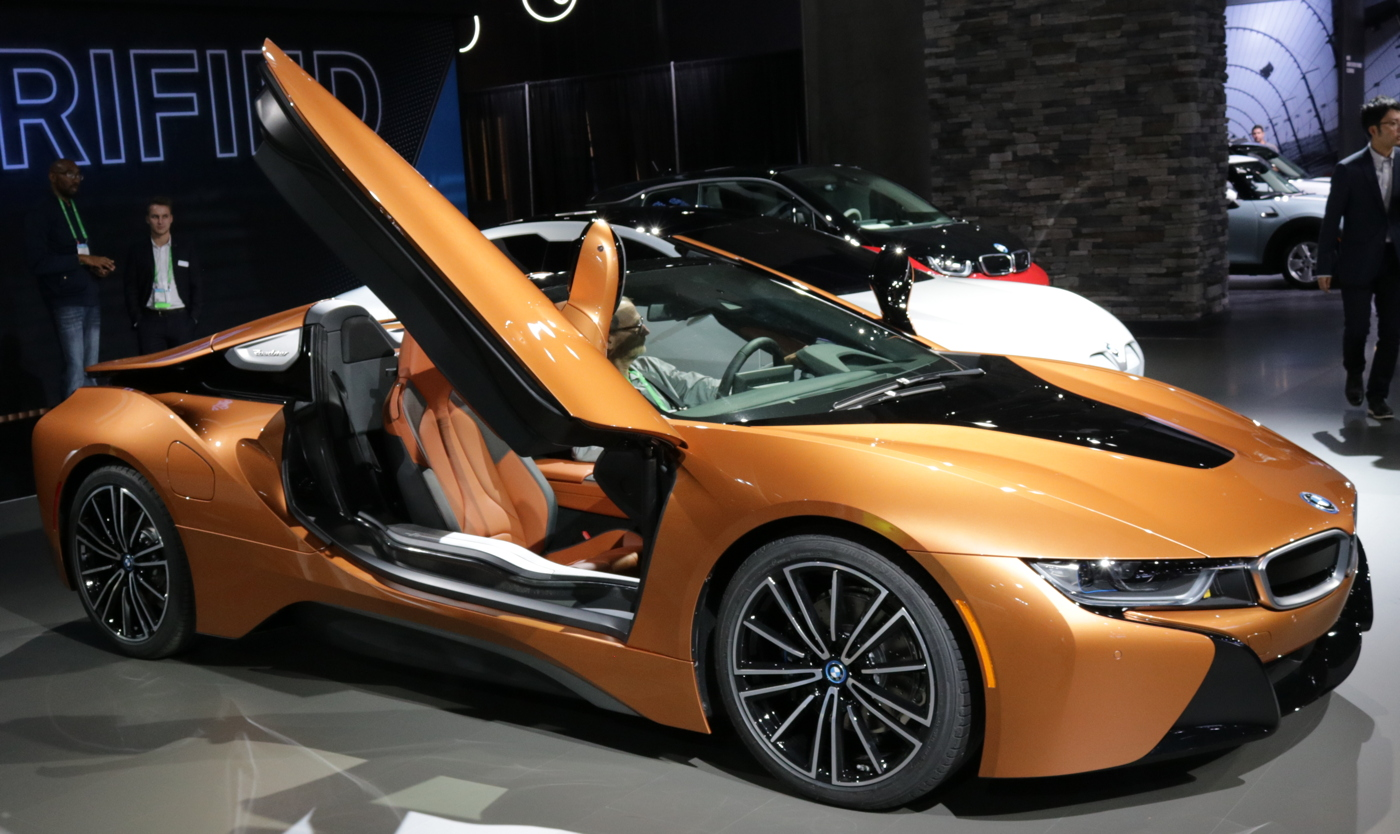 2019 BMW i8 Roadster Door Open